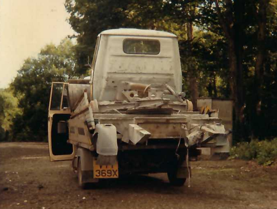 Piaggio loaded with scrap vehicle